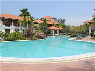 Hotel Impian Swimming Pool