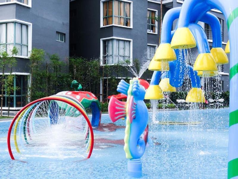 Gold Coast Melaka pool